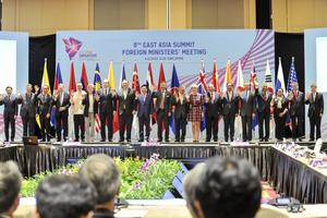 Việt Nam đề xuất tăng cường hợp tác biển và kết nối tại EAS