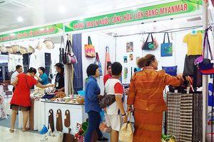 Nhiều nước Đông Nam Á giới thiệu sản vật ở Đà Nẵng