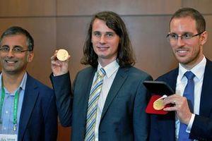 Điều đặc biệt về giáo sư giành giải thưởng Fields trẻ nhất nước Đức