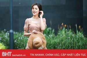 Hoa hậu Áo dài gợi ý chọn váy mềm mại đón thu