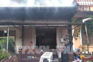 Hỏa hoạn thiêu rụi 5 quán karaoke ở thành phố Móng Cái, Quảng Ninh 