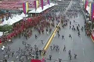 Khoảnh khắc Tổng thống Venezuela Maduro bị mưu sát bất thành