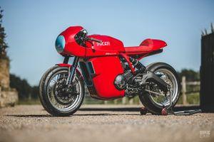 Ducati Scrambler độ phong cách xe đua
