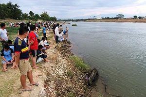 Nghệ An: Tắm ao, 2 anh em đuối nước thương tâm