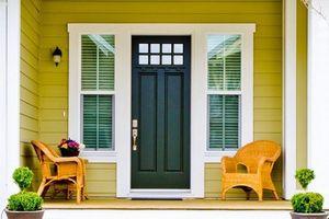 Màu sắc hoàn hảo cho cửa ra vào khiến ai cũng phải ngước nhìn
