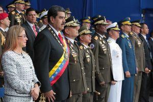Tổng thống Venezuela thoát chết trong vụ ám sát ngay lễ duyệt binh