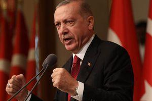 Thổ Nhĩ Kỳ tung đòn đáp trả lệnh trừng phạt của Mỹ