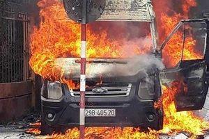 Lãnh đạo địa phương và chủ xe nói gì về vụ dùng xe hút bể phốt chữa cháy ở Sa Pa?