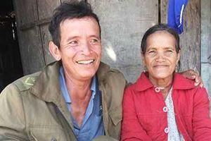 Ngôi làng kỳ lạ ở Trường Sơn: Phụ nữ 'thỏa thích' bắt trai trẻ làm... chồng