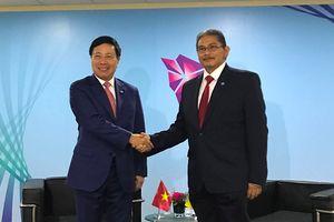 Các hoạt động song phương của Phó Thủ tướng Phạm Bình Minh tại Singapore