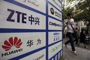 Đảng Dân chủ Mỹ khuyến cáo không sử dụng thiết bị Huawei, ZTE