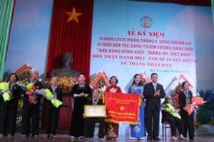 'Đội quân tóc dài' Bến Tre đón nhận danh hiệu Anh hùng Lực lượng vũ trang nhân dân