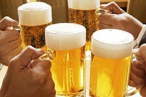 Người Việt tiêu thụ rượu, bia tăng nhanh và ở mức cao