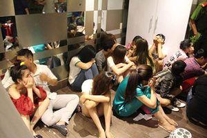 Nhóm nam nữ mở 'tiệc ma túy' trong căn hộ chung cư ở Sài Gòn