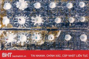 Ấn tượng bức ảnh cào muối ở Việt Nam lên tạp chí danh tiếng