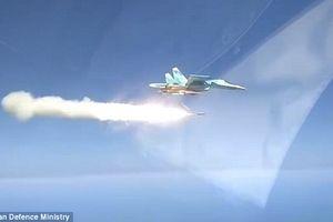 Xem Nga tấn công dũng mãnh, thổi bay tàu biển trong chớp mắt