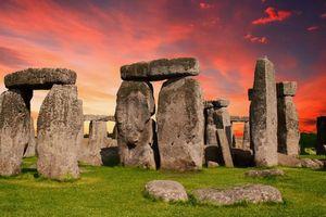 Bí ẩn về người vận chuyển những tảng đá khổng lồ xây dựng bãi đá cổ nổi tiếng