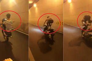 Clip: Thanh niên bốc đầu, làm xiếc với xe máy trong hầm và cái kết đắng