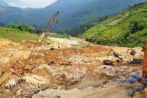 Thủy điện không phép 'bóp chết' du lịch Sa Pa, hủy hoại môi trường