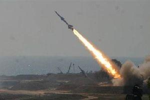 Căn cứ quân sự của A rập xê út hứng tên lửa hành trình từ Yemen