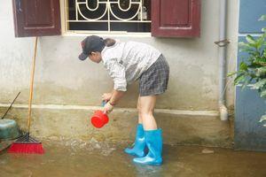 'Rốn lũ' Quốc Oai (Hà Nội): Sau nước ngập là nỗi lo dịch bệnh
