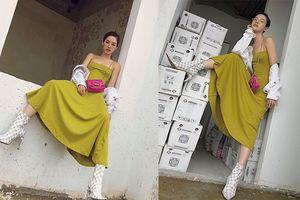 Tròn mắt với combo mặc váy bánh bèo nhưng tạo dáng 'bá đạo' của Khánh Linh The Face