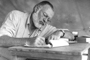 Xuất bản truyện ngắn hơn 60 năm tuổi của Ernest Hemingway
