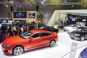 Giá xe ô tô không giảm theo thuế