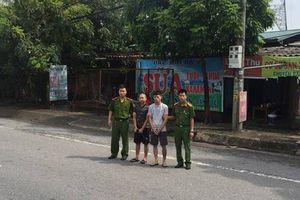 Bắt giữ 2 đối tượng cướp giật tài sản của nữ phóng viên tại Sơn Tây