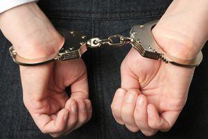 Bắt nghi phạm dùng dao đâm chết bạn gái