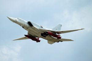 Nga nâng cấp máy bay mang tên lửa ác mộng với tàu sân bay Mỹ