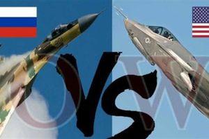 F-22, F-35 nhìn thấy trước sẽ dội mưa tên lửa vào Su-35