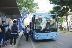 TP.HCM sẽ có 250 xe buýt mini đón khách hẻm nhỏ