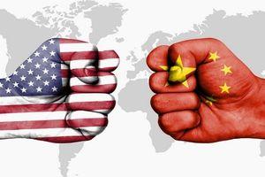 Mỹ bồi thêm 'cú đấm thuế' mới vào hàng hóa Trung Quốc