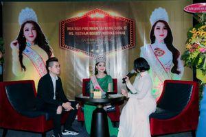 Dàn sao Việt đến chúc mừng Hoa hậu Phu nhân Quốc tế Mỹ Liên