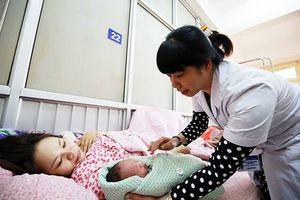 Thứ trưởng Bộ Y tế: 'Bệnh viện Phụ sản Hà Nội như đàn anh, đàn chị dẫn dắt bệnh viện tuyến dưới'