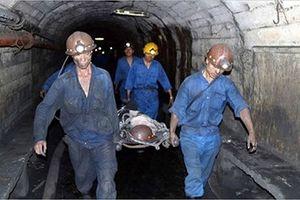 Quảng Ninh: Sập hầm khai thác than Mông Dương, 2 công nhân bị vùi lấp