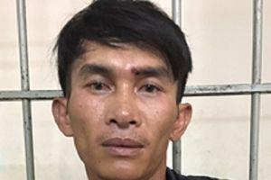 TP.HCM: Người dân đạp ngã kẻ cướp điện thoại của du khách Trung Quốc
