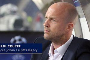 Con trai huyền thoại Johan Cruyff về đội cũ của Huỳnh Đức