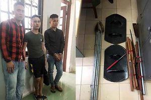 3 thanh niên vào tận nhà bắt 2 phụ nữ để đòi nợ