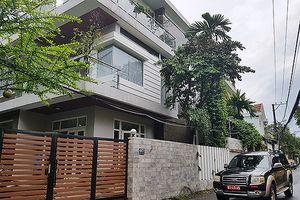Liên quan đến Vũ 'nhôm': Thêm cựu sếp Công ty XNK Đà Nẵng bị khám nhà