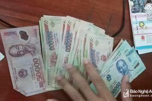 Bí thư Đoàn xã nhặt được tiền, lên facebook tìm người đánh rơi để trả