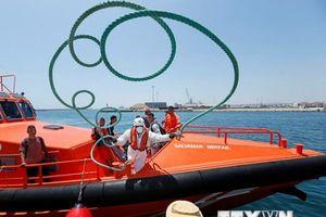 Tây Ban Nha tiếp nhận thêm một tàu cứu người di cư trên biển