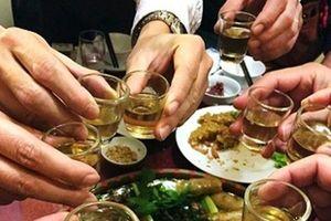 Đắk Lắk: Truy tố đối tượng đâm bạn nhậu vì rót rượu không đều