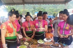 2 tuần nữa mới diễn ra nhưng không khí lễ hội đã ngập tràn Sơn La