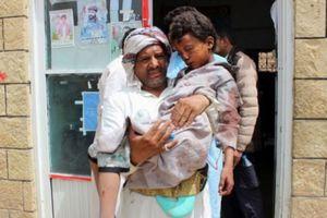 Yemen: Hàng chục trẻ em thương vong do xe buýt học sinh bị oanh kích