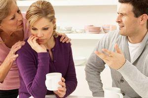 Mới kết hôn đã phát điên vì mẹ chồng quá cuồng tín