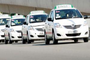 Vinasun kiến nghị Bộ GTVT bỏ quy định về xe vận tải hợp đồng điện tử, coi Grab là vận tải taxi