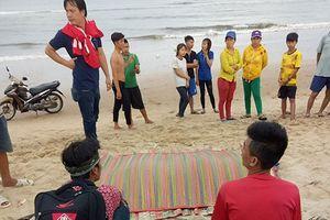 Thi thể thanh niên trôi dạt vào bờ biển ở Bình Thuận