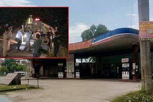 Khởi tố 2 tên cướp Trung Quốc tông xe cảnh sát rồi bỏ chạy ở Móng Cái
